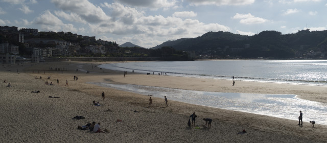 San Sebastián streift das Meer